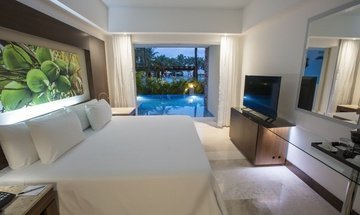 Junior Suite Swim Out Hotel Krystal Grand Nuevo Vallarta -